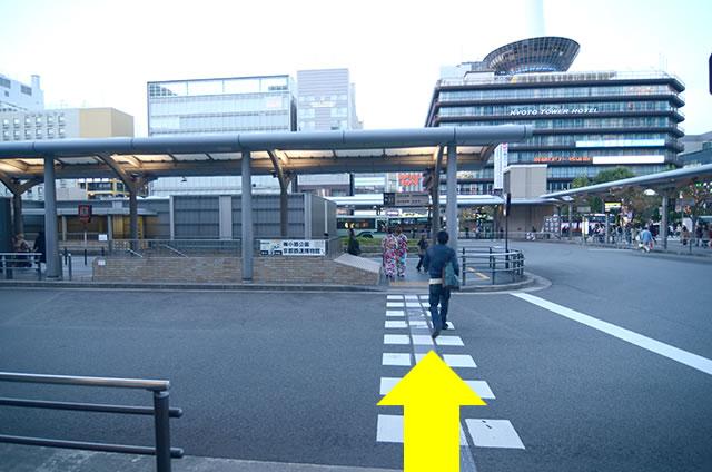 JR京都站到金阁寺的路线02