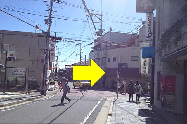 JR嵯峨嵐山駅から嵐山への道順06
