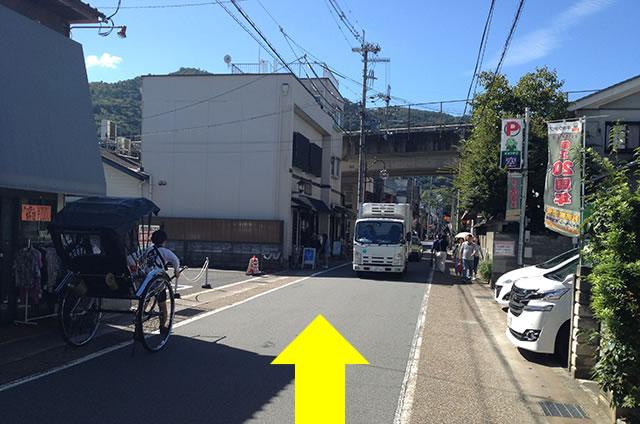 JR嵯峨嵐山駅から嵐山への道順09