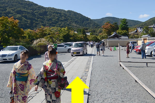 JR嵯峨嵐山駅から天龍寺への道順03