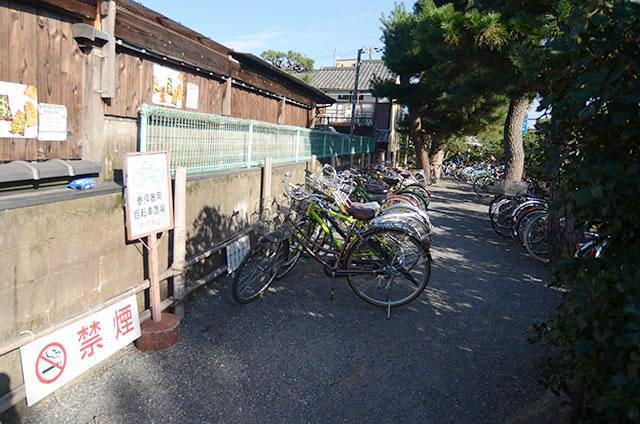 金閣寺の無料駐輪場