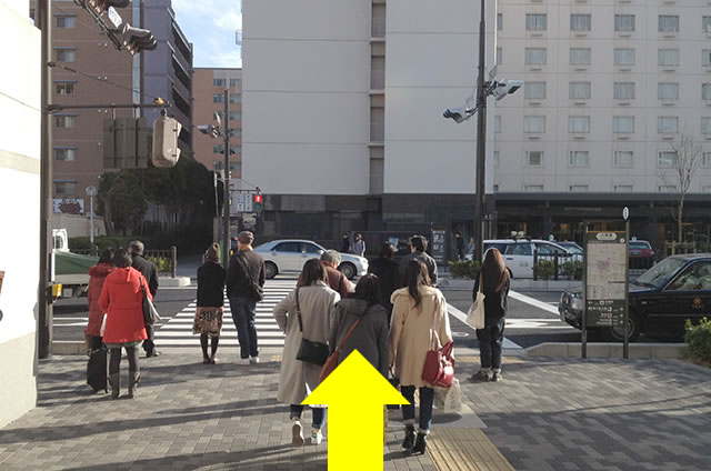 JR京都駅から新・都ホテルまでの最速アクセス行き方道順08