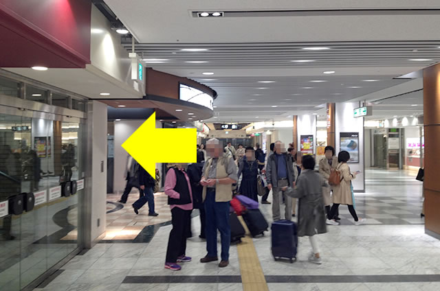 京都駅直結の京都っぽいランチ・京料理「萬重」への写真付行き方道順08